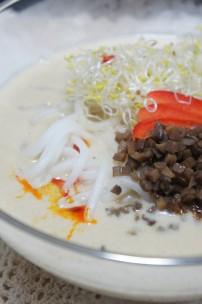 豆乳坦々麺